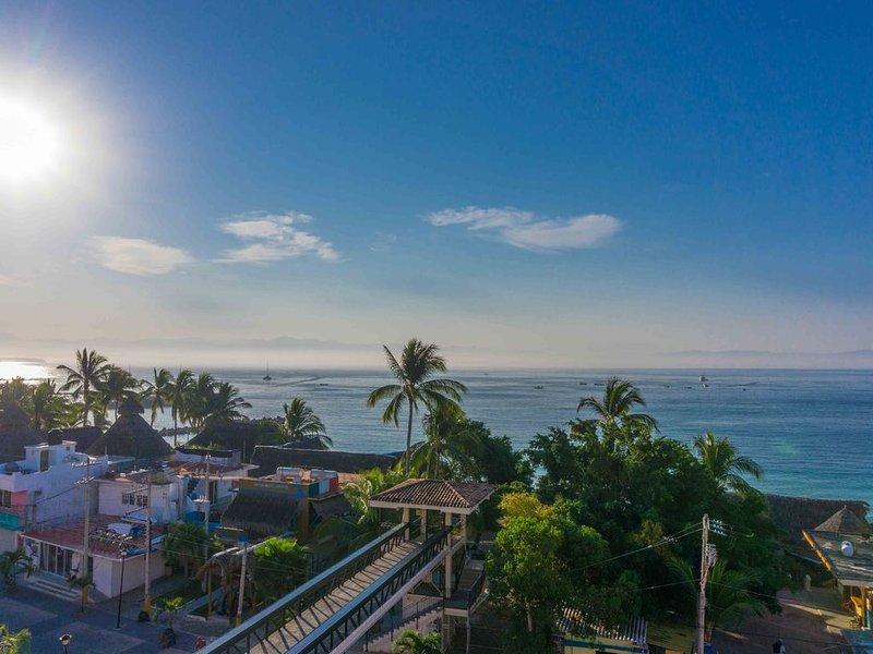 PH w Panoramic Ocean Views - Steps to Punta de Mita Beach, Restaurants & Shops, vacation rental in Punta de Mita
