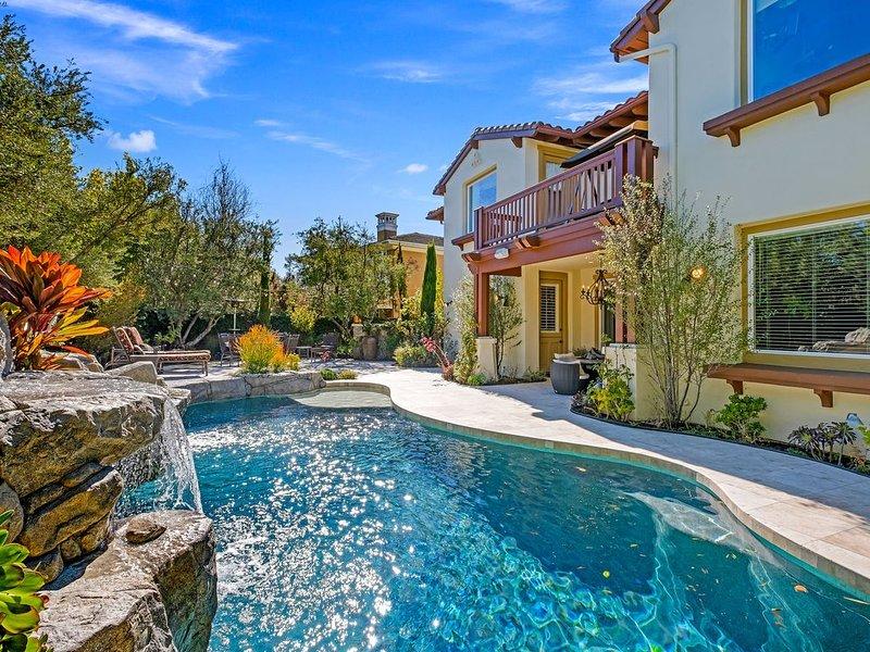 Luxurious 5 Bedroom, 5 Bath Resort Home * Walk To Beach And Dana Point Harbor, aluguéis de temporada em Dana Point