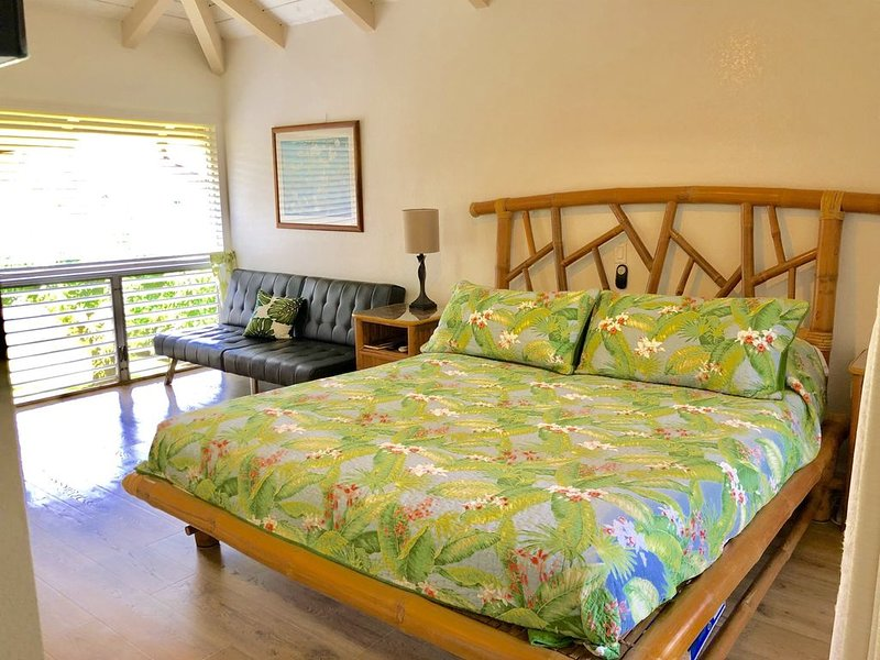 A Little Piece of Paradise on Kauai's Beautiful North Shore!, vacation rental in Princeville
