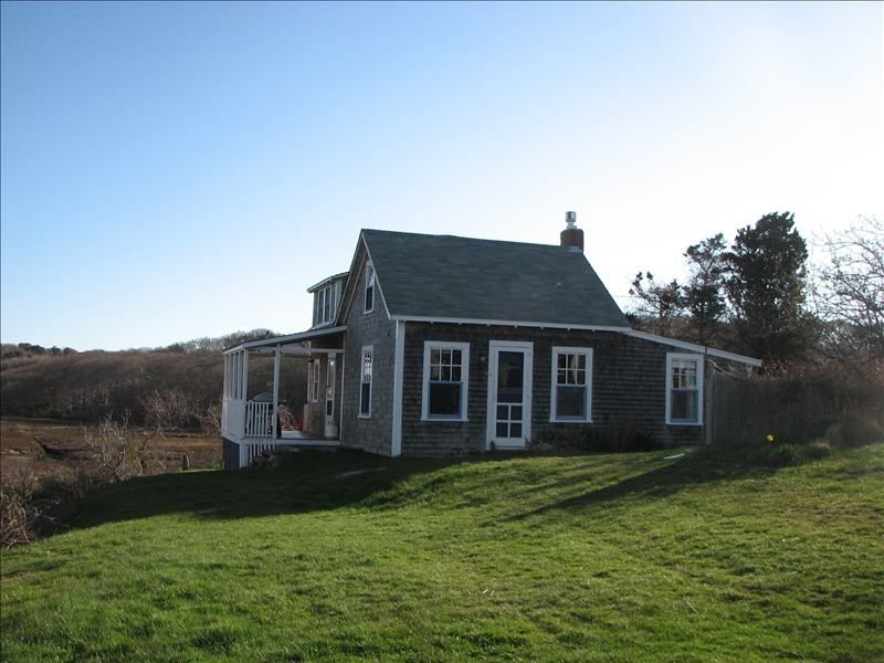 In Menemsha Village - Sunset House – semesterbostad i Aquinnah
