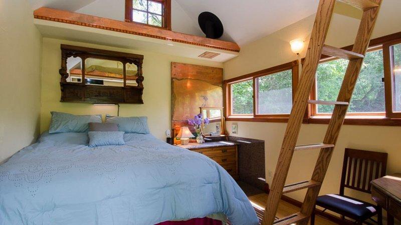 Ideal Mt location, smart, adorable, compact, close to hikes,good food,beautiful., location de vacances à Carbondale