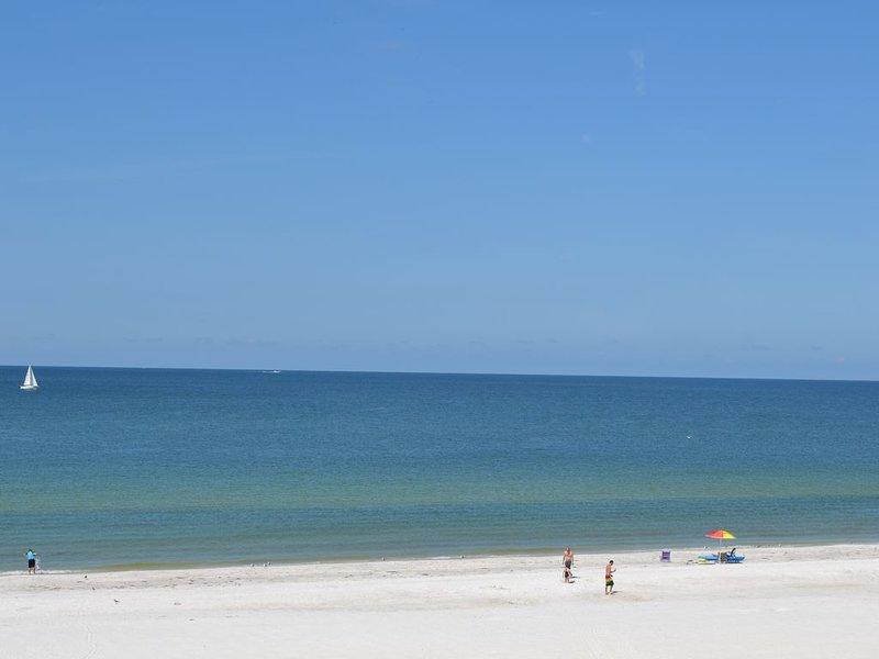 "Sale! On the Beach! Top Floor, Direct Ocean View,  Condo,  ""JVR DestinyOasis'!, holiday rental in Redington Shores"