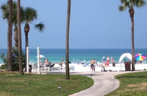 Oceanfront/Beachfront Condo in Premier Complex - Y Building, holiday rental in Sarasota