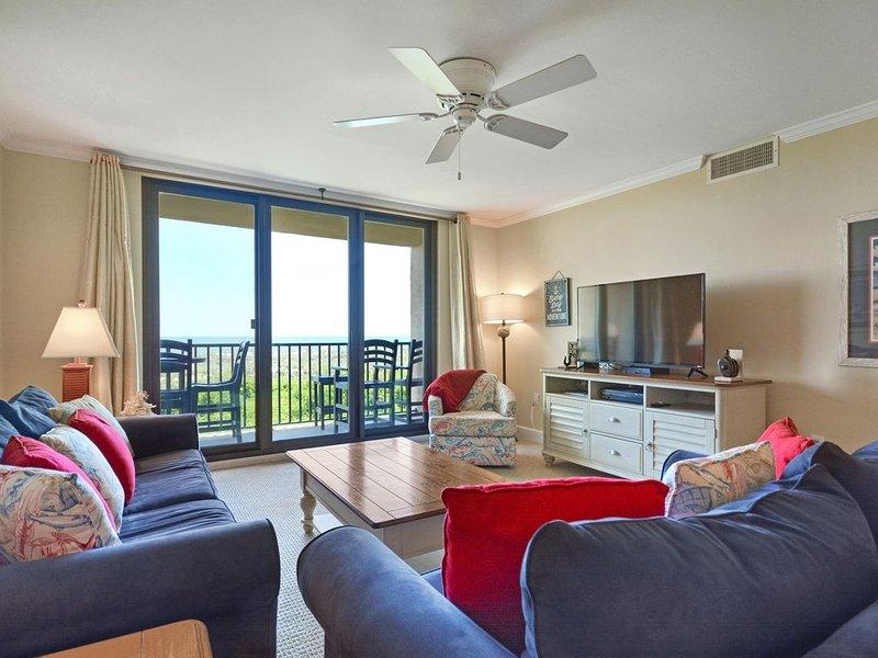 Direct Oceanfront Condo - Breathtaking Views / Fully Remodeled!!, location de vacances à Parris Island