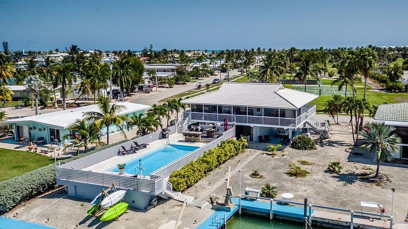 **FALL 2020 SPECIAL~$325.00/NIGHT WITH FIREPIT~Except Holiday WK~Mid Aug-Mid Dec, aluguéis de temporada em Key Colony Beach