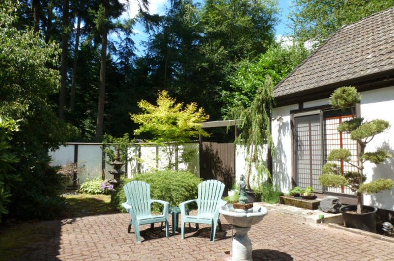 A Peaceful Woodland Retreat 20 minutes from Seattle and from Puget Sound ferries, alquiler de vacaciones en Lynnwood