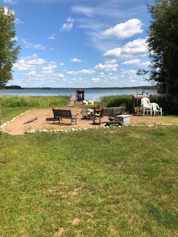 Mirando de casa en lago!
