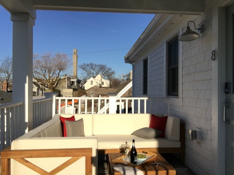 PENTHOUSE WEST END CLOSE TO BOAT SLIP, vacation rental in Provincetown