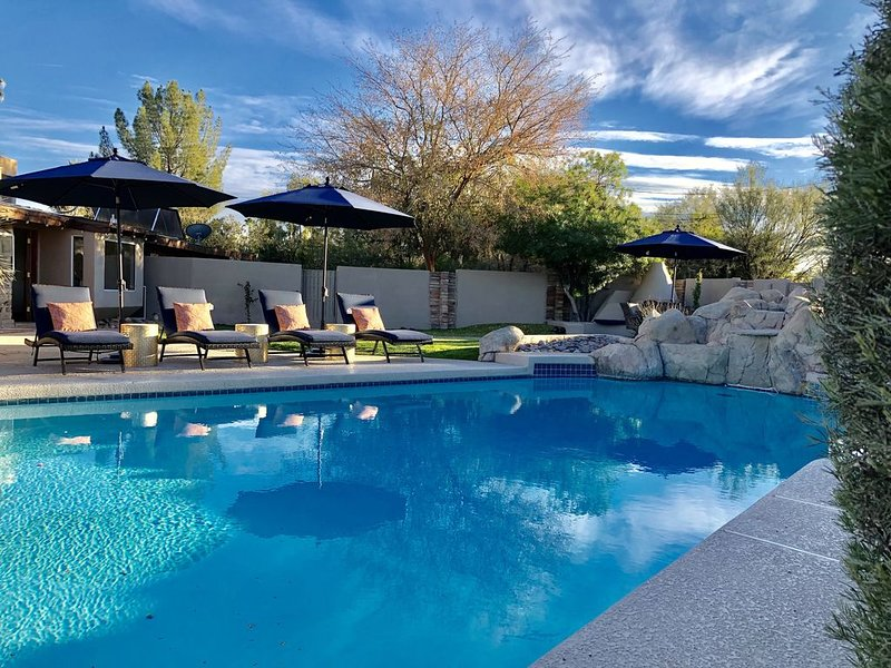 Santa Fe Modern in the Center of Scottsdale w/ private heated pool, Ferienwohnung in Scottsdale