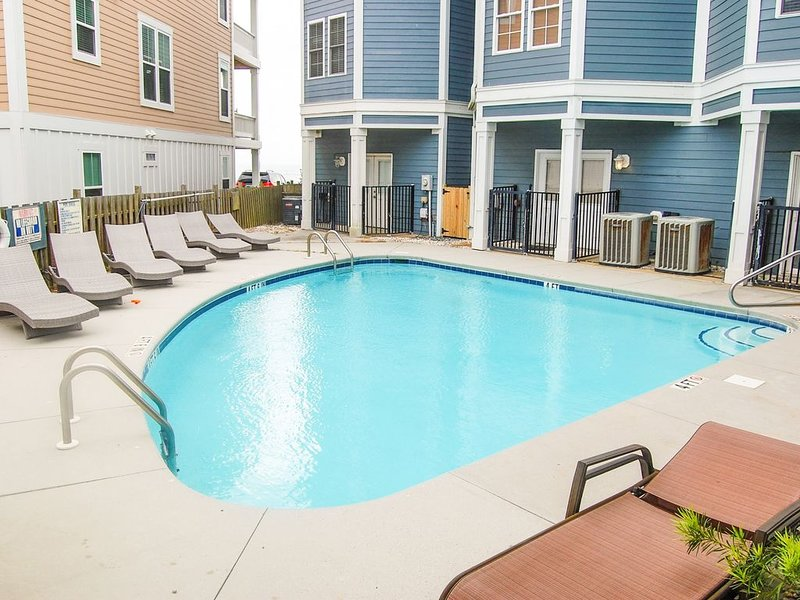 pool only for the 8units