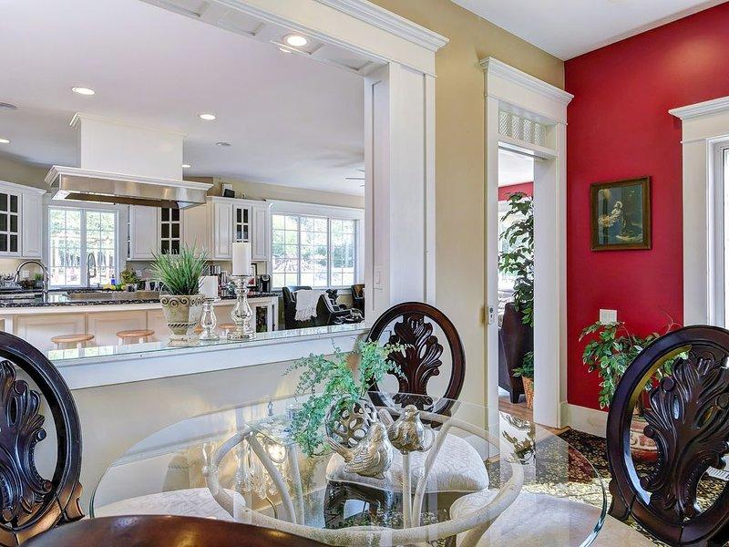 Finally, Interim rentals, 30/60/90 days or more *4Biz Travel, Relo or Inbetween, vacation rental in Monroe