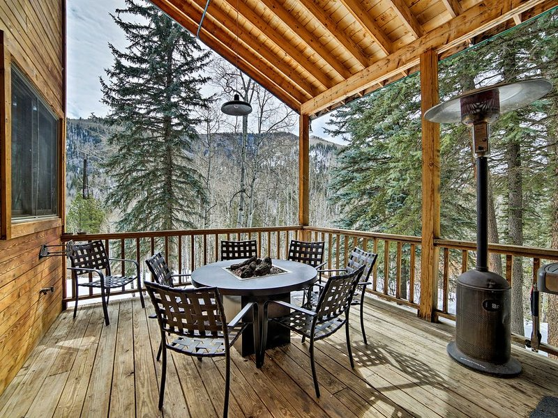 Secluded Mountain Retreat, holiday rental in Dolores