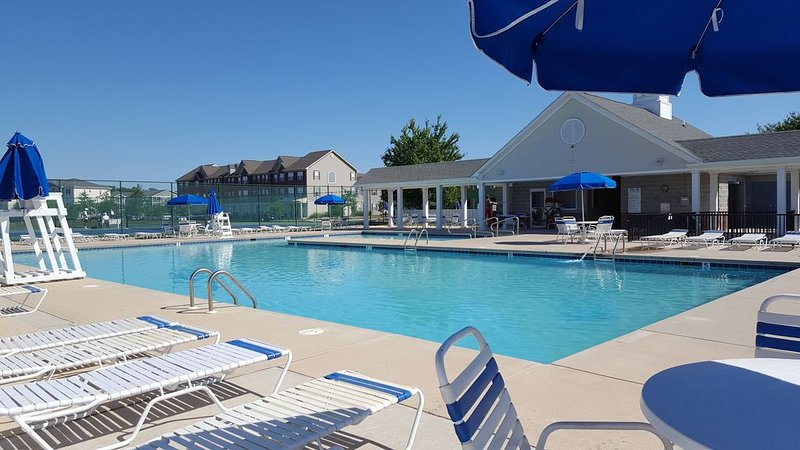 Fun-in-the-sun condo in the Villages at Five Points, holiday rental in Harbeson