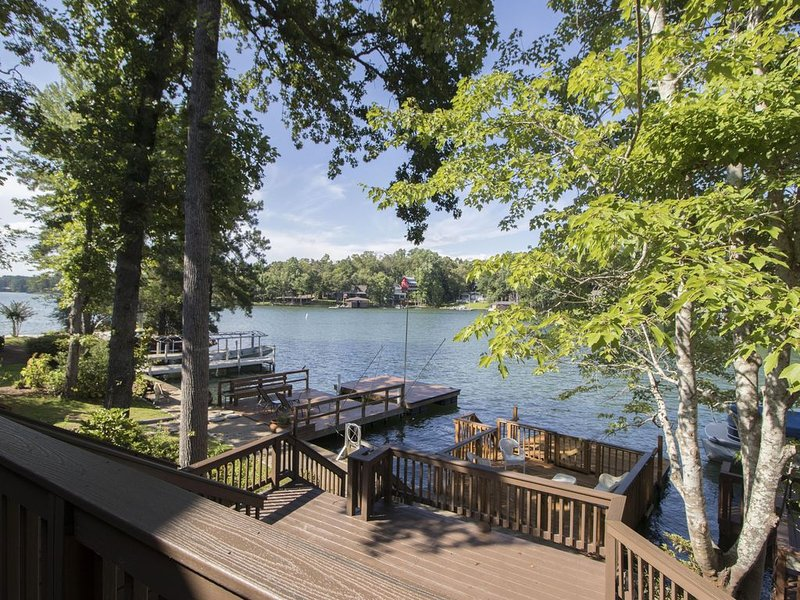 Lake Martin at Poplar Point, holiday rental in Dadeville