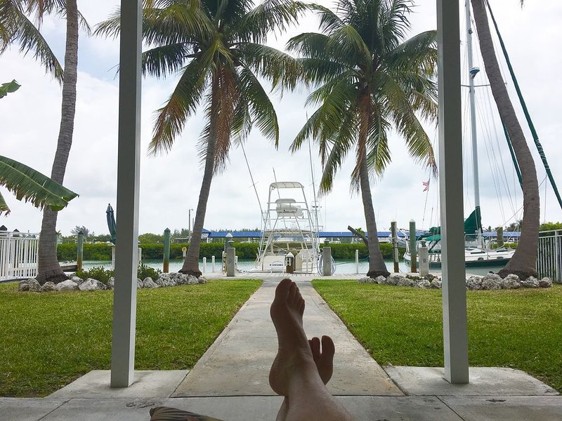 LOCATION! LOCATION!  IT'S EVERYTHING! 7th STREET CANAL VIEWS, holiday rental in Key Colony Beach