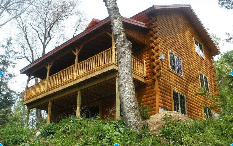 Root River Valley Cabin ~ Lanesboro, MN, casa vacanza a Preston