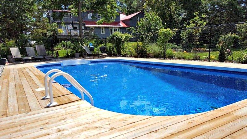 Heated saltwater pool 32 x 16 feet