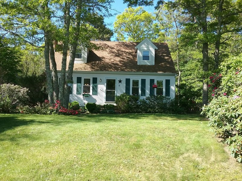 Cape Cod Summer House, holiday rental in Mashpee