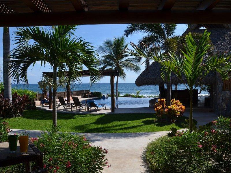 CASA MAYA-Private Beachfront Luxury-Surf, Solitude, Infinity....., holiday rental in Troncones