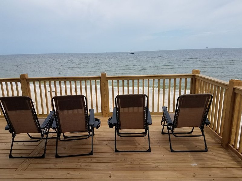 Brand New Home-OCEAN FRONT!!! Gorgeous, perfect GULF SIDE, WEST END location!, holiday rental in Coden