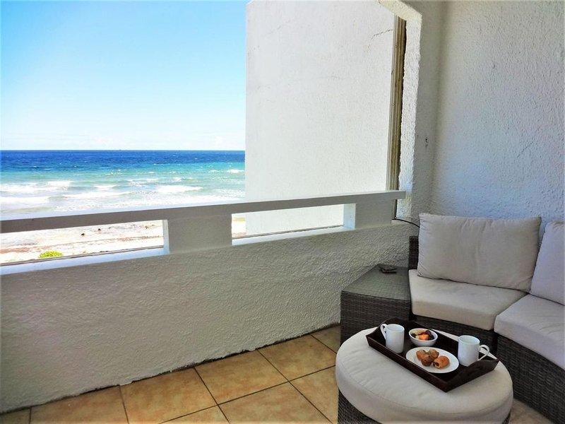 A Beach Retreat by the Ocean, holiday rental in St. Croix