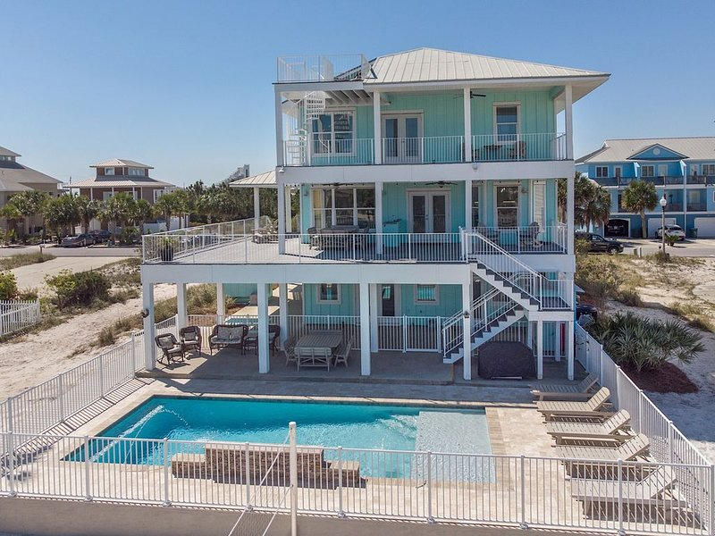 Luxurious Gulf House - BOTH Beach & Bay access. Private Beach & Private Pool, location de vacances à Perdido Key