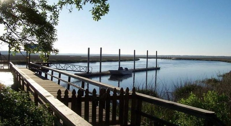 Peace like a River -  Coastal Georgia at its best !, location de vacances à Crescent