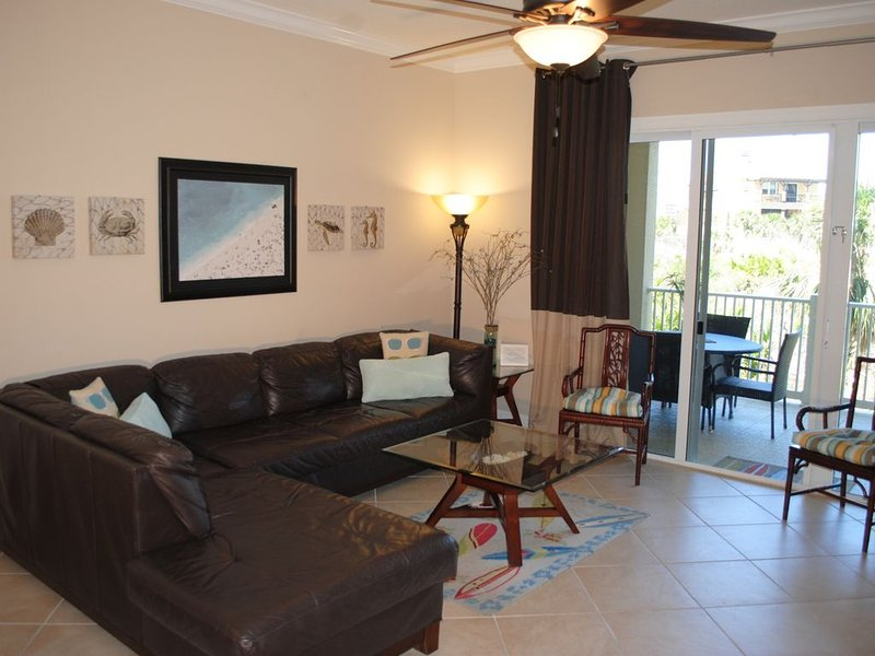 Beautiful family-friendly living space with top-grain leather sectional lounge.