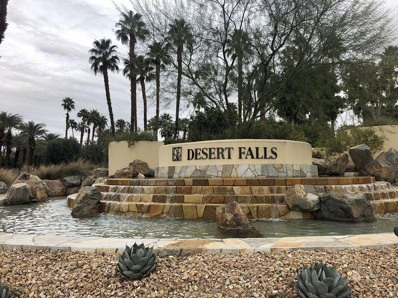 Desert Falls Oasis - 2 Bed, 2 Bath, Sleeps 4, alquiler de vacaciones en Palm Desert