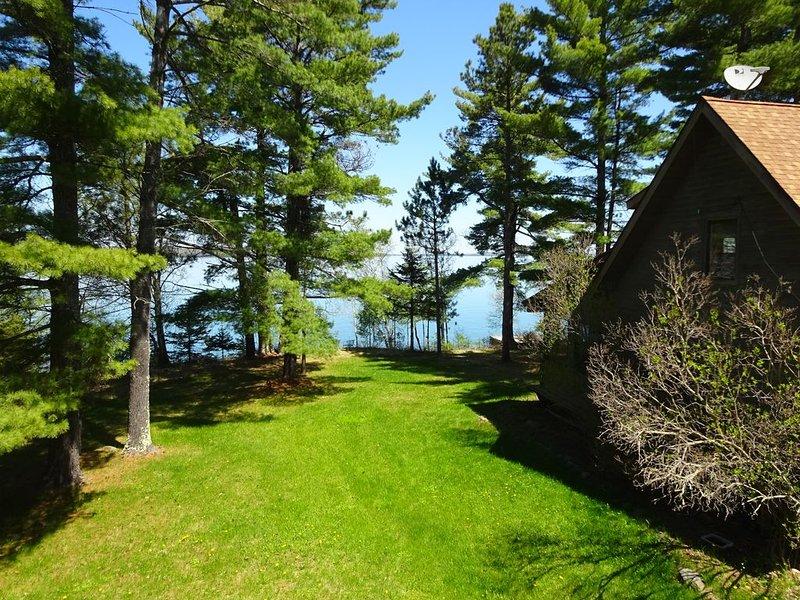 4 Islands View from this spectacular property, alquiler de vacaciones en La Pointe