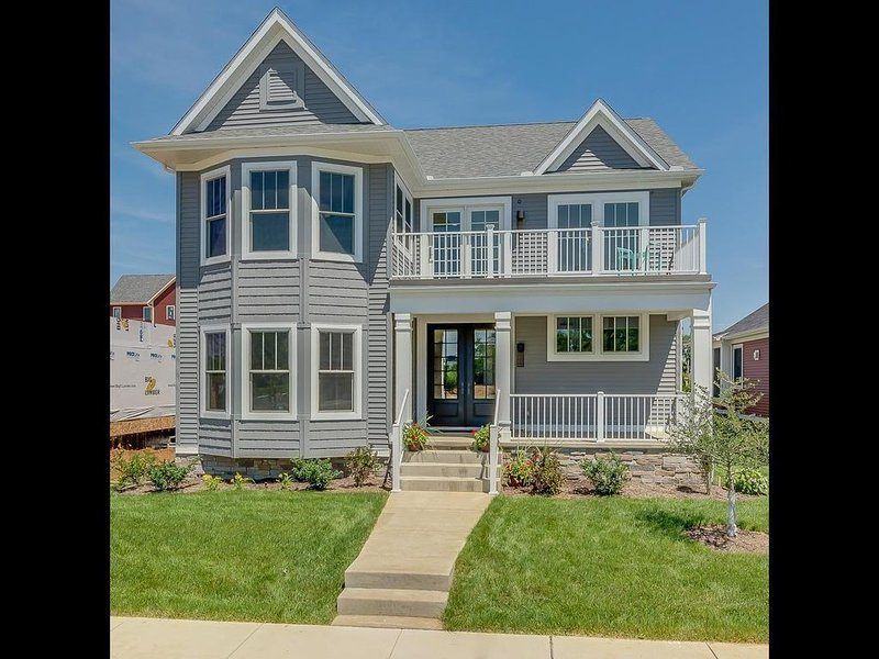 Notre Dame Ave. Dream Home Built in 2018 -1.5 Miles from Campus, alquiler vacacional en South Bend