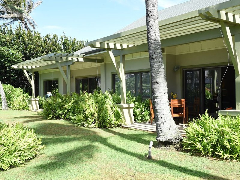 NEW KAMA'AINA summertime rates! Honey Moon Suite - One Bedroom - Romantic, holiday rental in Kahuku