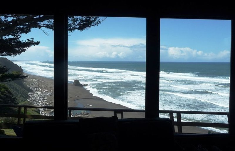 Grandma's Spectacular Beach Cottage, location de vacances à Mendocino County