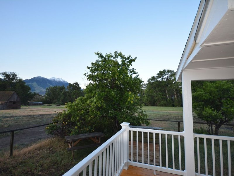 Spacious Farm House on the working historic Story Ranch, private river access, holiday rental in Emigrant