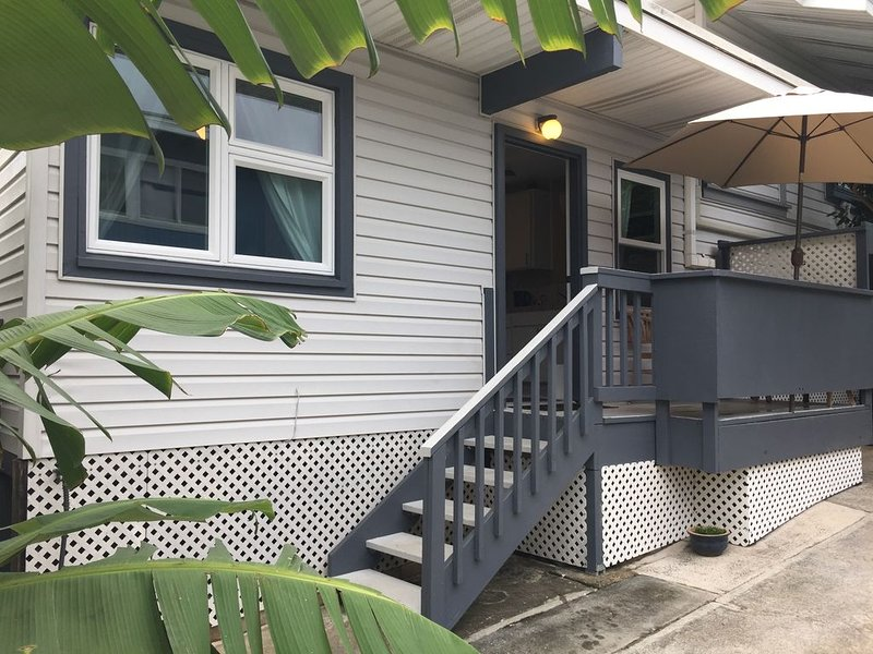 Kailua Beach Park Cottage - 1BR, vacation rental in Kailua