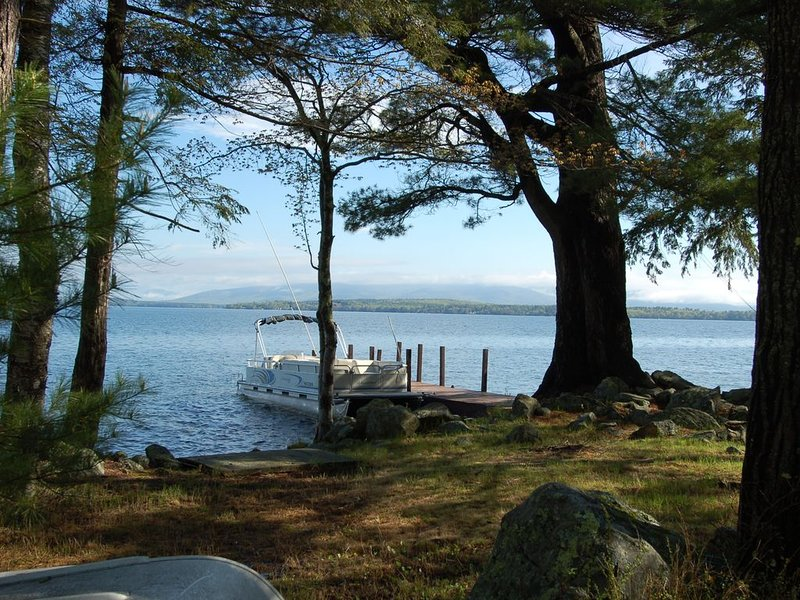 Escape With Friends or Family ~ Welch Island Private Waterfront Island Cottage, vacation rental in Gilford