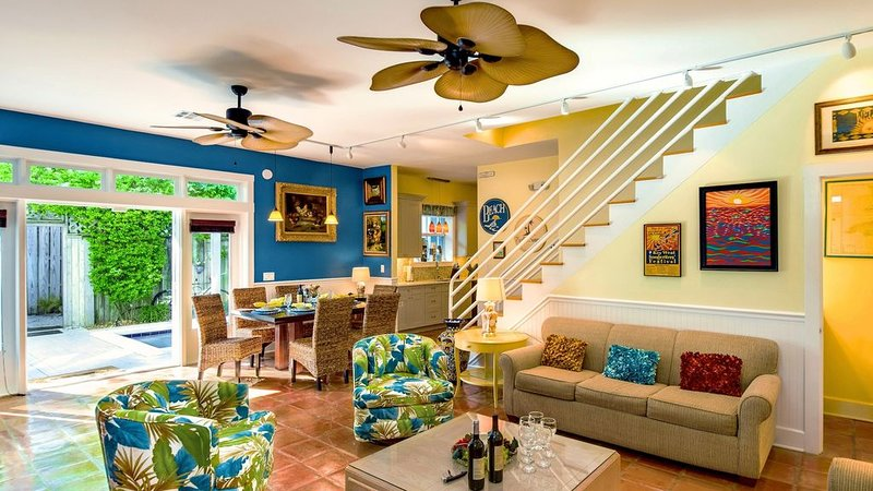 **AMERICANA TROPICALE * OLD TOWN** Home & Pool by Duval + LAST KEY SERVICES..., vacation rental in Stock Island