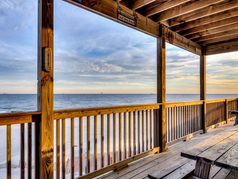 Spectacular Gulf-front home w/covered porch & views - on the beach, holiday rental in Fort Morgan