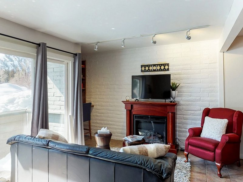 Skiers' bungalow walking distance to Bald Mountain lifts & downtown!, Ferienwohnung in Ketchum