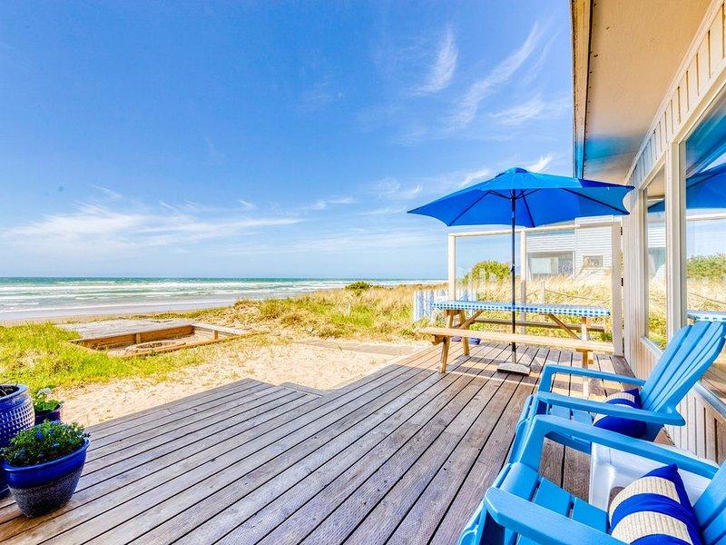 Dog-friendly oceanfront house with sweeping ocean views!, vacation rental in Rockaway Beach