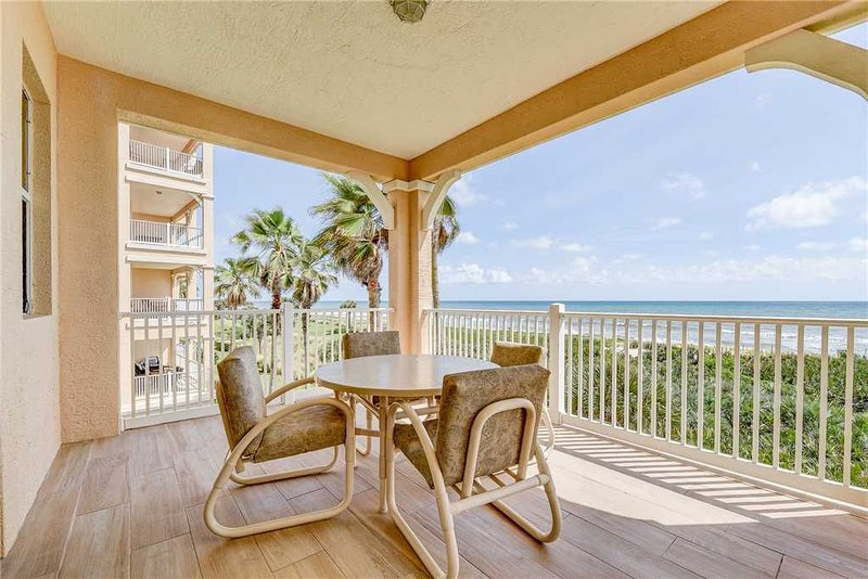 831 Cinnamon Beach, 3 Bedroom, Sleeps 8, Ocean Front, 2 Pools, Elevator, alquiler de vacaciones en Palm Coast