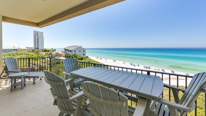 Renovated Gulf Front Condo, 4 Bd/ 3Ba. plus 4 Bikes, holiday rental in Seagrove Beach