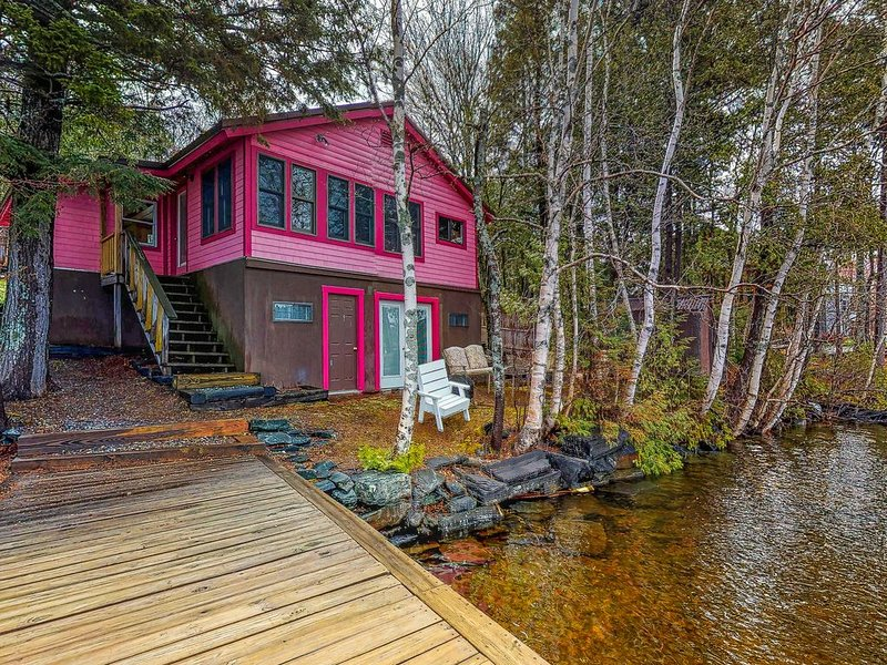 Premium Cleaned | Lakefront cottage w/ dock, firepit, & views - near boat launch, vacation rental in West Forks