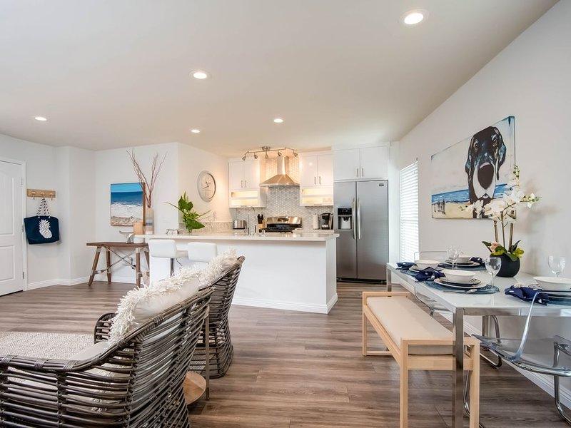 Charming rental near the beach, 300 feet to Casa Romantica Cultural Center!, alquiler de vacaciones en San Clemente