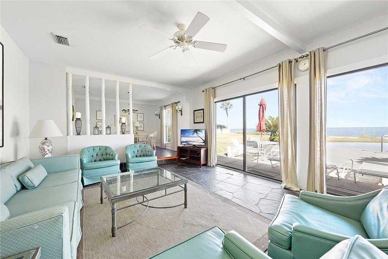 Ponte Vedra Blvd 725, 5 Bedrooms, BeachFront, Private Pool, Sleeps 10, holiday rental in Ponte Vedra Beach