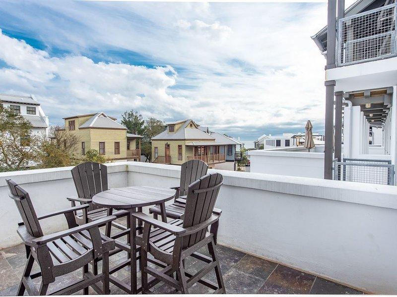 Location Location Location! Gulf Views!, holiday rental in Rosemary Beach