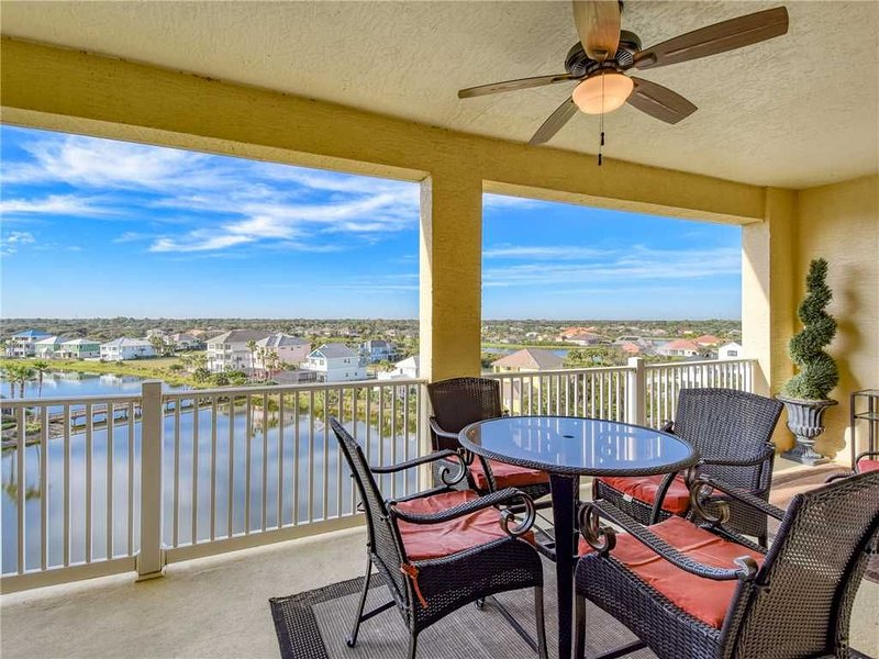 1063 Cinnamon Beach, 3 Bedroom, Sleeps 8, Elevator, WiFi, 2 Pools, alquiler de vacaciones en Palm Coast