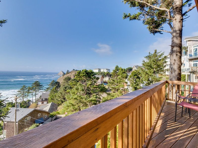 Perfect oceanside getaway w/magnificent ocean views & beach nearby, holiday rental in Cape Meares