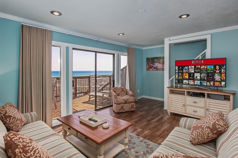 Gulf Front, Dog Friendly! Includes 4 Beach Chairs & Beach Toys, vacation rental in Alys Beach