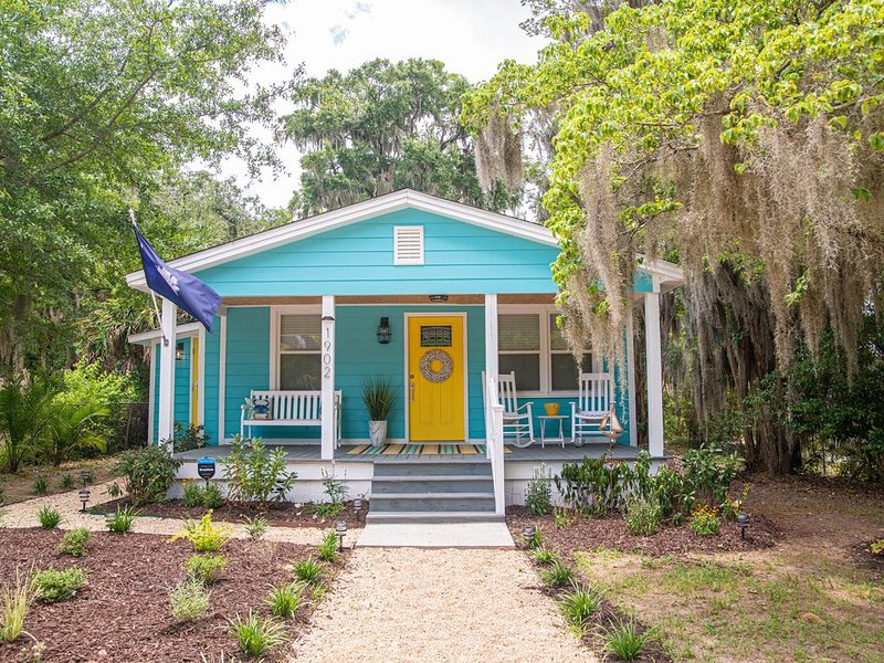 Cottage on Greene! Downtown Beaufort several Blocks Away and Parris Island a 10, location de vacances à Lady's Island